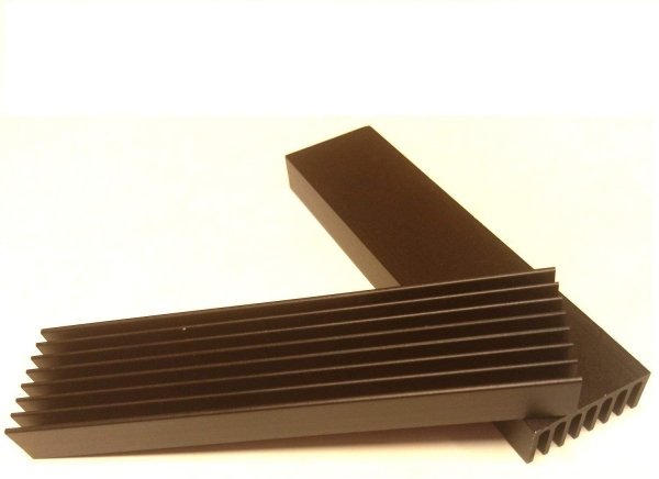 Aluminium Radiator Cooler Heat Sink for Cooling LED Power Amplifier